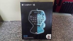 Logitech G13 in Perfect condition/parfait