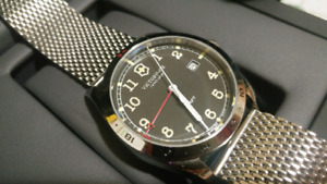[LNIB] Victorinox Infantry GMT watch