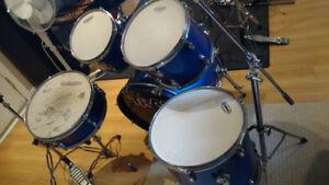 Batterie avec cymbales à 175$, Hi-hat Zildjian Professionnel 65$