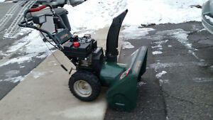 Craftsman 10/29 Snow Blower  10hp  Tecumseh engine 29 inch clea
