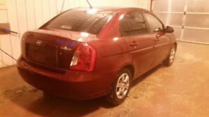 2006 Hyundai Accent GL safetied, clean titla, new winter tires