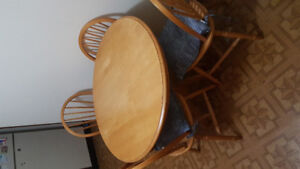 Round kitchen table 4 chairs, perfect for condo or townhouse