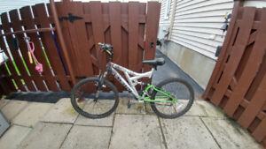 Bicyclette 24 po/21 vitesses