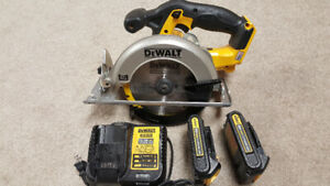 DeWalt 20-Volt Max Circular Saw. 2 Battery and Charger.
