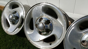 "16"" Dodge Ram Alloy Wheels with Centre Caps Strathcona County Edmonton Area image 4"