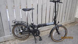 Folding Bicycle  (Dahon 7spd internal gear)