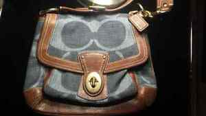 Variety of Genuine Leather Coach Bag for sale