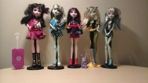 monster high poupees