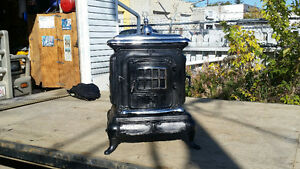 cast Iron wood / cooking stove