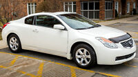 """2008 Nissan Altima Coupe """"Premium Luxery Package"""" 68000 km"""