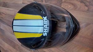 S500 AIR Yellow and Black helmet - GOTTA GO!!