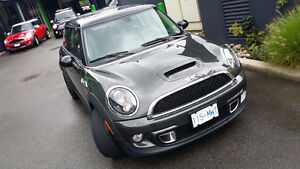 2011 MINI Mini Cooper S Fully Loaded Hatchback