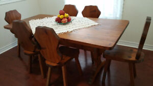 Rustic solid pine table with 6 chairs