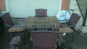 Outdoor glass table and chairs set
