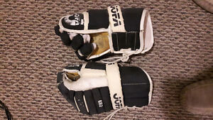 PAIR OF VINTAGE JOFA 682 HOCKEY GLOVES