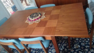 Solid Teak Extendable Dining Table