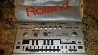 Vintage ROLAND TB-303 - Computer Controlled BASS LINE