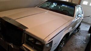 1985 Cadillac Seville White Sedan