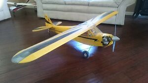 Beautiful Large scale cessna J3 cub RC plane