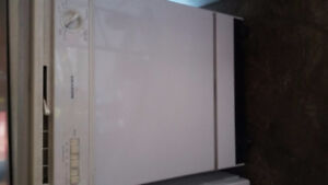 Moffatt portable full size dishwasher excellent deal only $140