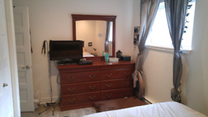 Real wood, 8 drawer dresser with mirror