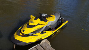 SeaDoo RXT-IS, 255HP
