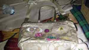 "Xl authentic Coach bag 19"" x 12""  Cambridge Kitchener Area image 1"