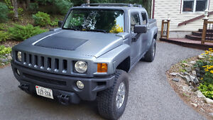 2009 HUMMER H3 H3T Pickup Truck