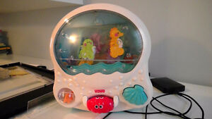 Fisher Price Ocean Wonders Aquarium H6318