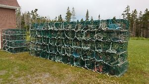 Wire fishing traps