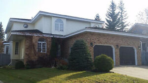 Large 2 Storey Home in Private Southside Location