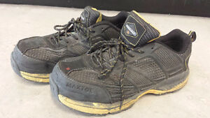 BRANDED SAFETY SHOES CSA green tag FOR SELL Peterborough Peterborough Area image 1
