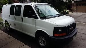 2008 GMC Savana Minivan, Van
