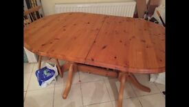 Solid pine extra large extending table