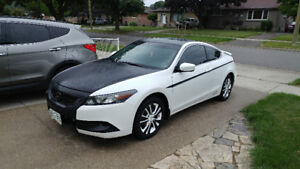 2010 Honda Accord Coupe *CERTIFIED *