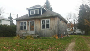 Cozy Two Bedroom House For Rent In Markdale