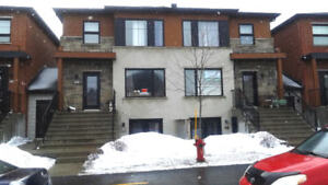 Brossard L-sector (Dix/30) 3 bedrooms condo for sale