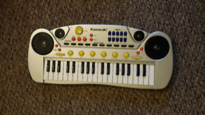 Children's keyboard /synthesizer