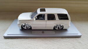 Cadillac Escalade Model Car