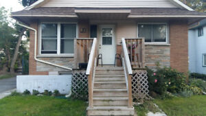 GREAT DOWNTOWN LOCATION---2 BEDROOM SUN FILLED LOWER