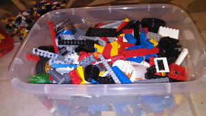 Big container of Lego!!! Only 50$ Cambridge Kitchener Area image 1
