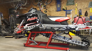 Great sled in great shape.