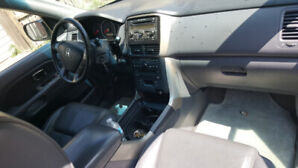 Remote start Acura EL Premium is in good condition nice and clea