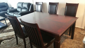 Expandable Dining Room Table + 6 Chairs