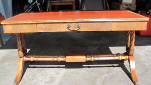 ANTIQUE 1930's MAHOGANY DUNCAN PHYFE COFFEE TABLE