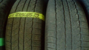 Pairs of R 17 all season truck tires