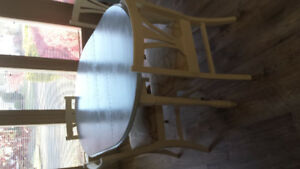 NEW PRICE - Dining room table and 6 chairs for sale