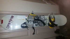 2 snowboards and 2 sets of boots for sale Strathcona County Edmonton Area image 4