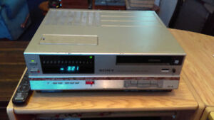 Sony SL-5000 Beta VCR *RESTORED* in working condition
