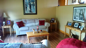 Coffee Table, End Tables (x2) and Sofa Table Set